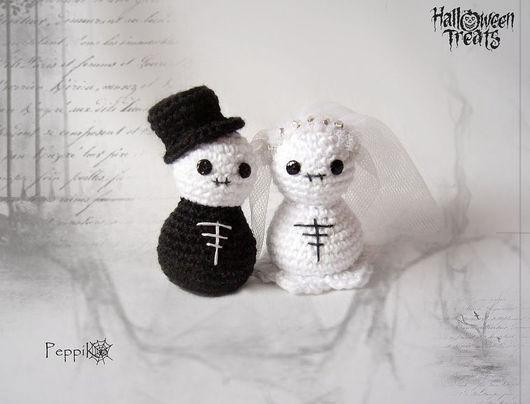 Миниатюра ручной работы. Ярмарка Мастеров - ручная работа. Купить Скелетон и его невеста. Handmade. Влюбленные, хеллоуин, амигуруми