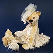 """Куклы и игрушки ручной работы. Ярмарка Мастеров - ручная работа Авторский коллекционный мишка """"Невеста"""". Handmade."""