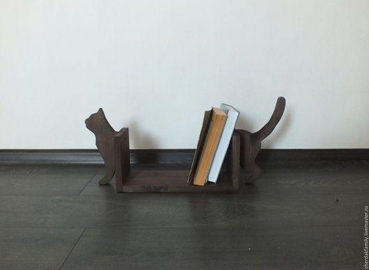 """Мебель ручной работы. Ярмарка Мастеров - ручная работа. Купить Полка для книг """"Кошка"""". Handmade. Коричневый, кошка в подарок"""