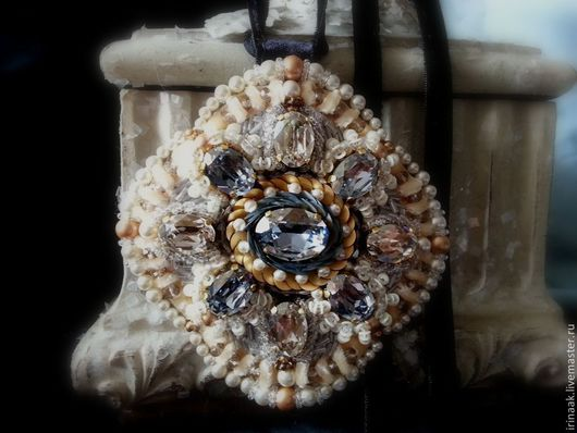 Кулоны, подвески ручной работы. Ярмарка Мастеров - ручная работа. Купить Подвеска.0514. Handmade. Голубой, ручная вышивка, стеклярус