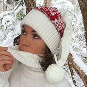 Аксессуары ручной работы. Ярмарка Мастеров - ручная работа Шапка-колпак с оленями вязаная белая. Handmade.