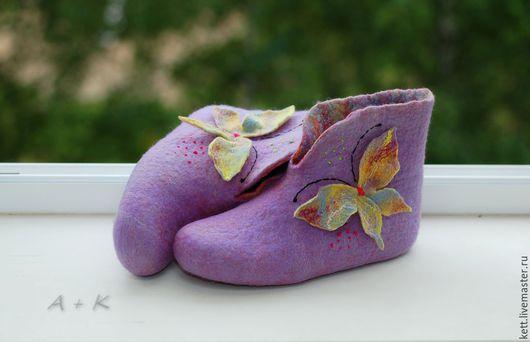 """Обувь ручной работы. Ярмарка Мастеров - ручная работа. Купить Валяные чуни Размер 38  """"Сновидение бабочка""""домашние валенки. Handmade."""