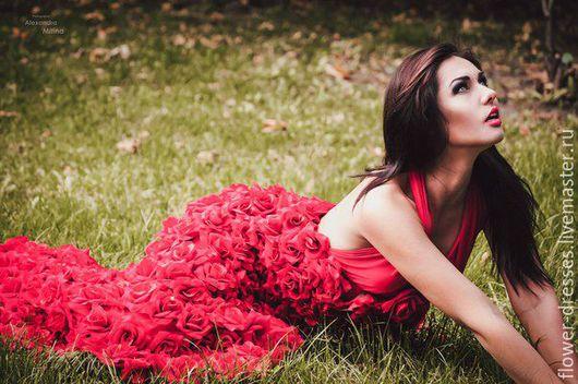 """Платья ручной работы. Ярмарка Мастеров - ручная работа. Купить Платье """"Кармен"""". Handmade. Ярко-красный, красный, цветы из ткани"""