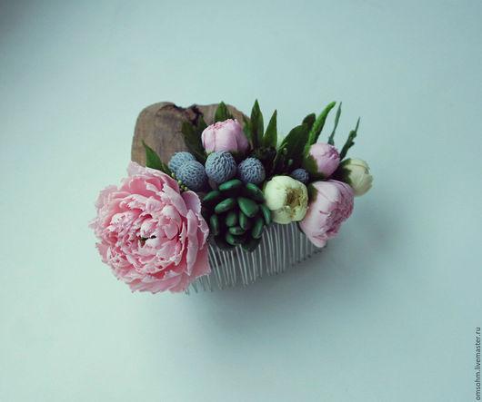"""Заколки ручной работы. Ярмарка Мастеров - ручная работа. Купить Гребень """"Пионы, бруния, суккулент"""". Handmade. Розовый, цветы в прическу"""