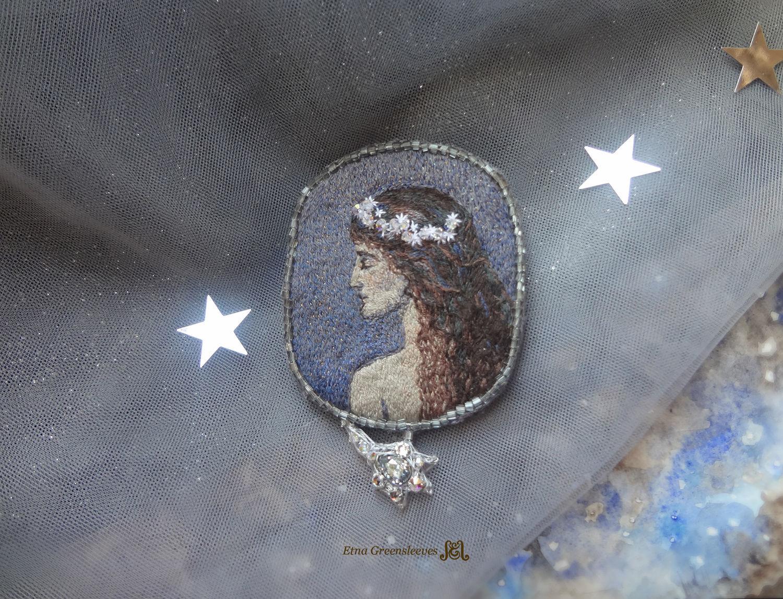 """""""Ночь в венце звёзд"""", вышитая брошь по картине, Брошь-булавка, Инзер,  Фото №1"""