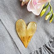 Украшения ручной работы. Ярмарка Мастеров - ручная работа Брошь с тычинками и лепестком тюльпана. Handmade.