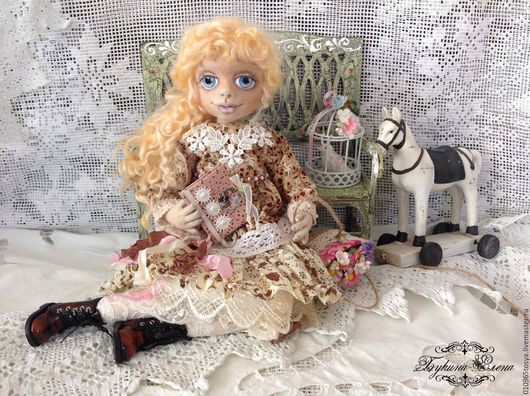 Коллекционные куклы ручной работы. Ярмарка Мастеров - ручная работа. Купить Милочка, текстильная интерьерная куколка.. Handmade. Бежевый