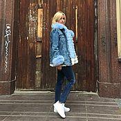 """Одежда ручной работы. Ярмарка Мастеров - ручная работа Джинсовая куртка с песцом """" Голубая """". Handmade."""