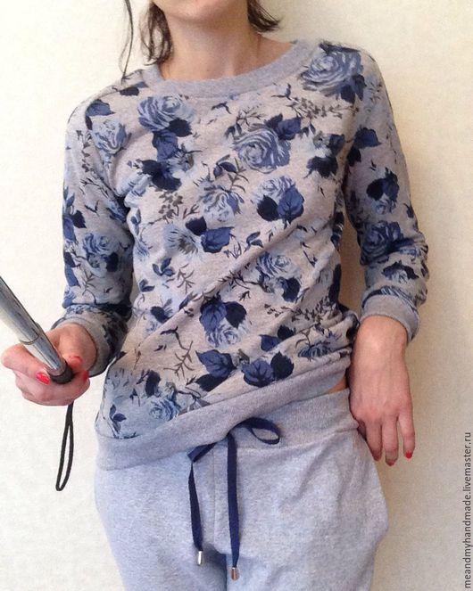 """Спортивная одежда ручной работы. Ярмарка Мастеров - ручная работа. Купить Костюм """"Цветы на сером"""". Handmade. Комбинированный, костюм"""