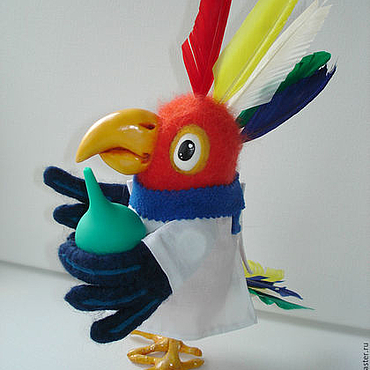 """Куклы и игрушки ручной работы. Ярмарка Мастеров - ручная работа Попугай   из сказки """"Доктор Айболит"""". Валяная игрушка. Handmade."""