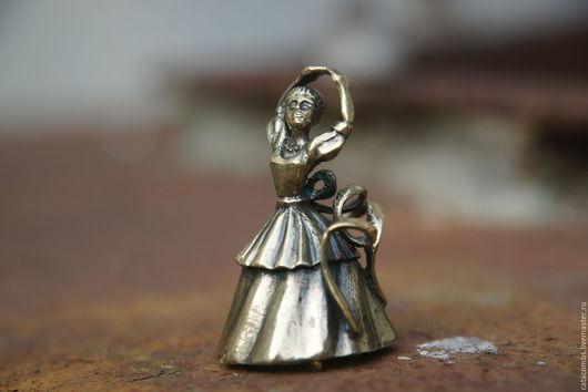 """Колокольчики ручной работы. Ярмарка Мастеров - ручная работа. Купить Колокольчик """"Балерина"""". Handmade. Колокольчик, пуанты, сувениры и подарки, латунь"""