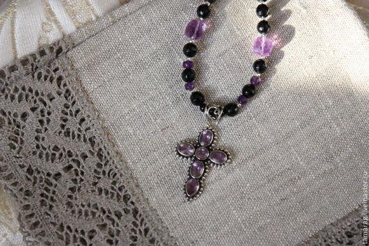 """Колье, бусы ручной работы. Ярмарка Мастеров - ручная работа. Купить Колье""""Анна-Мария"""" с подвеской-Крест, серебро. Handmade. Черный"""