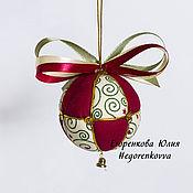 Подарки к праздникам ручной работы. Ярмарка Мастеров - ручная работа Новогодний елочный шар бордовый бежевый 6 см.. Handmade.