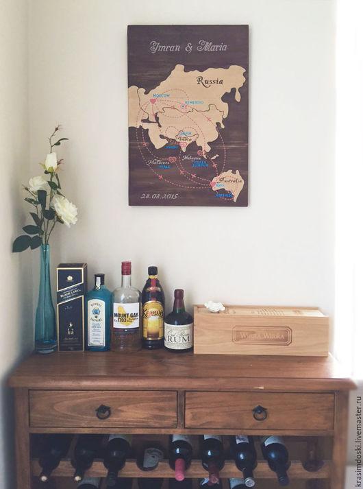 Карта `Маршруты любви` в интерьере заказчицы, в Австралии, город Перт.
