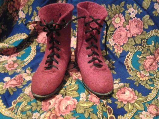 """Обувь ручной работы. Ярмарка Мастеров - ручная работа. Купить Валяные боты """"Теплое настроение"""". Handmade. Бордовый, красный"""