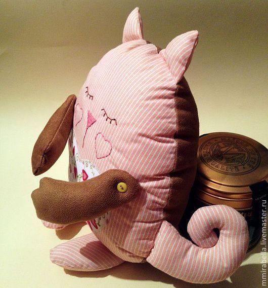 Игрушки животные, ручной работы. Ярмарка Мастеров - ручная работа. Купить Влюбленная кошечка. Handmade. Бледно-розовый, подарок