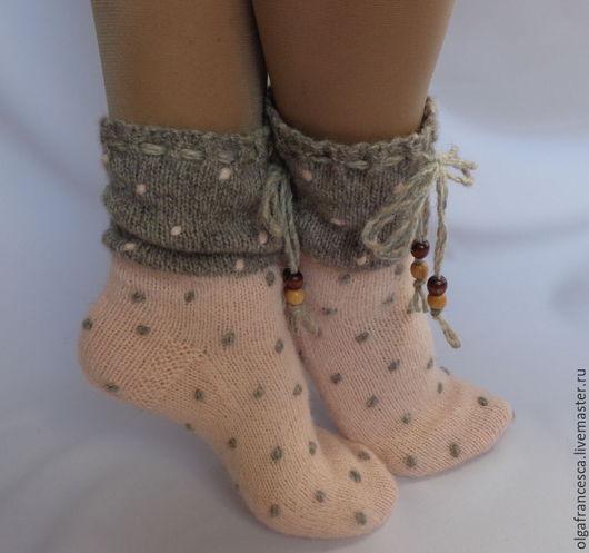 новогодний подарок, подарок на новый год, рождество, носочки в подарок, теплые носочки, вязаные носки, шерстяные носки, носки купить, валяная обувь, сапожки для дома, домашняя обувь, сапожки валяные