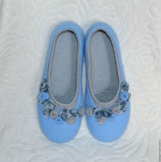 Обувь ручной работы. Ярмарка Мастеров - ручная работа. Купить Женские валяные тапочки. Handmade. Голубой, тапочки валяные