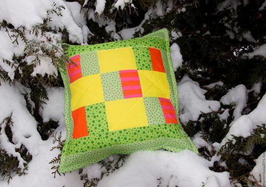 Лоскутная подушечка Весеннее настроение, подушка лоскутная, подушка на диван, лоскутная подушка, подушка лоскутная