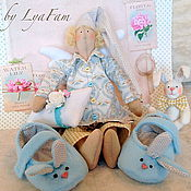 Куклы и игрушки ручной работы. Ярмарка Мастеров - ручная работа Мой пушистый зайчик - подарок новорожденному. Handmade.