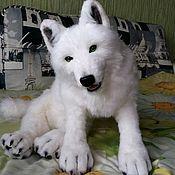 Мягкие игрушки ручной работы. Ярмарка Мастеров - ручная работа Полярный волк. Handmade.