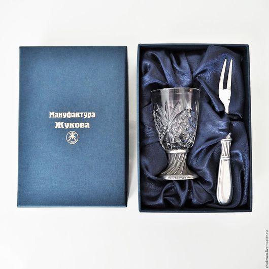 """Подарки для мужчин, ручной работы. Ярмарка Мастеров - ручная работа. Купить Набор  """"ГРАВИРОВАННЫЙ -40"""" (рюмка и закусочная вилка). Набор ЭГОИСТ. Handmade."""