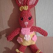 Мягкие игрушки ручной работы. Ярмарка Мастеров - ручная работа Мягкие игрушки: зайчиха. Handmade.