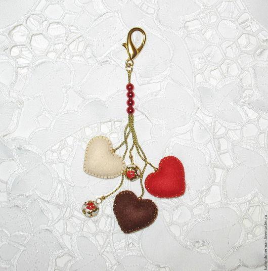 Брелоки ручной работы. Ярмарка Мастеров - ручная работа. Купить Брелок Сердечки. Handmade. Комбинированный, подарок подруге, брелок на сумку