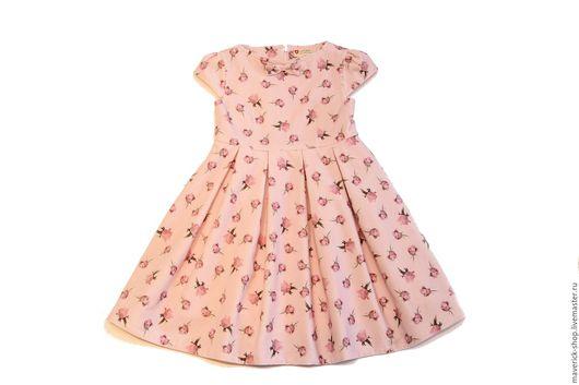 Одежда для девочек, ручной работы. Ярмарка Мастеров - ручная работа. Купить Нарядное платье для девочки из розового бархата с розочками. Handmade.