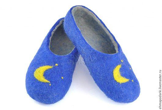 Обувь ручной работы. Ярмарка Мастеров - ручная работа. Купить Войлочные тапочки Ночь. Handmade. Войлочные тапочки, дизайнерские тапочки