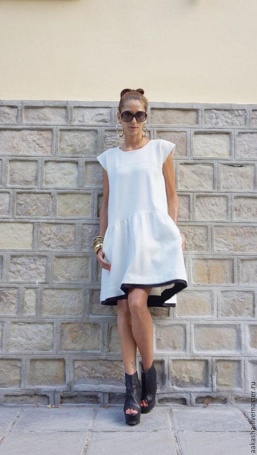 Короткое платье из хлопка с короткими рукавами. Платье нарядное для вечеринки,ужина. Красивое платье на каждый день. Белое нарядное платье