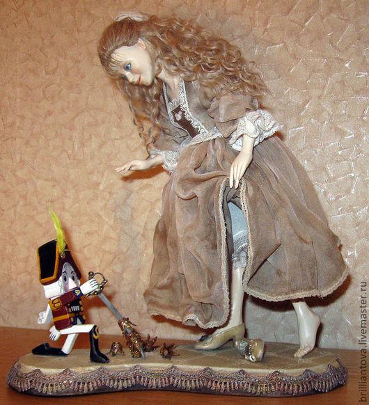 """Коллекционные куклы ручной работы. Ярмарка Мастеров - ручная работа. Купить кукла """"Мари и Щелкунчик"""". Handmade. Бежевый, подарок на новый год"""