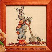 Картины и панно ручной работы. Ярмарка Мастеров - ручная работа Кролик садовник. Handmade.