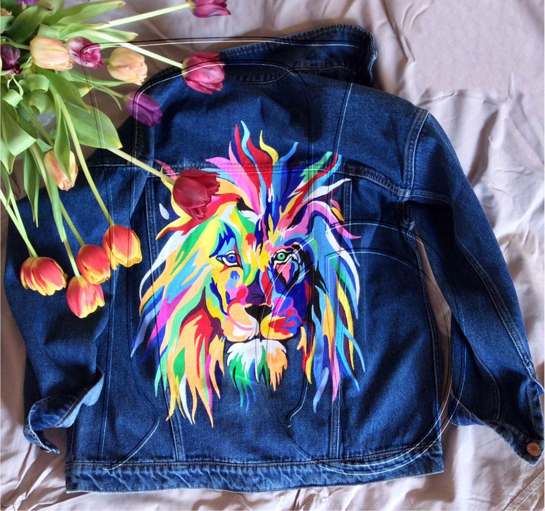 Рисунок акрилом на куртках