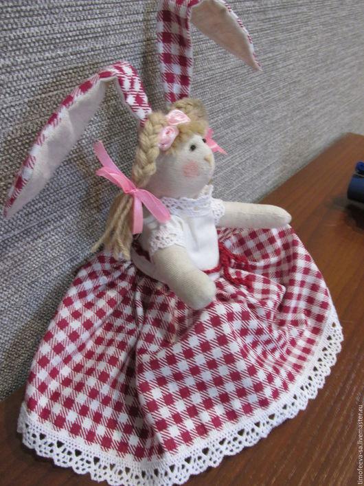Куклы Тильды ручной работы. Ярмарка Мастеров - ручная работа. Купить зайка. Handmade. Комбинированный, косички, лён, шерсть с акрилом