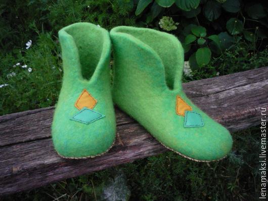 """Обувь ручной работы. Ярмарка Мастеров - ручная работа. Купить Чуни для дома """"Зеленый бум"""". Handmade. Ярко-зелёный, бергшаф"""
