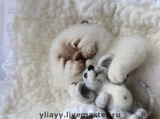 """Куклы и игрушки ручной работы. Ярмарка Мастеров - ручная работа. Купить """"Когда снятся сны..."""". Handmade. Кошка"""