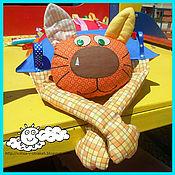 """Куклы и игрушки ручной работы. Ярмарка Мастеров - ручная работа Развивающая подушка-игрушка """"лохматый кот"""". Handmade."""