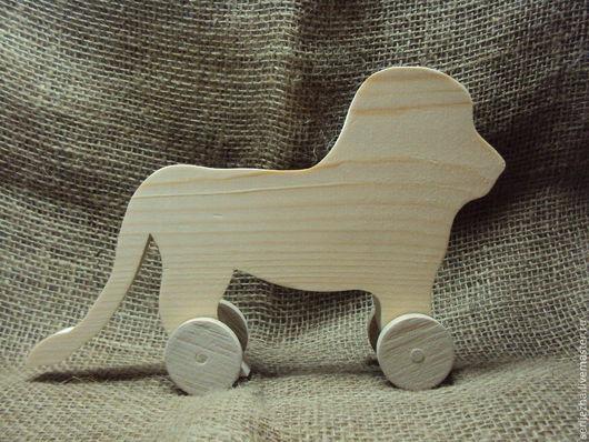 Лев-каталка, деревянная игрушка ручной работы