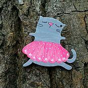 """Украшения ручной работы. Ярмарка Мастеров - ручная работа Значки деревянные """"Кошки"""" в ассортименте. Handmade."""