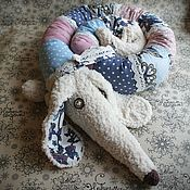 Мягкие игрушки ручной работы. Ярмарка Мастеров - ручная работа Собака такса игрушка, подушка в голубых тонах.. Handmade.