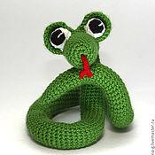 """Куклы и игрушки ручной работы. Ярмарка Мастеров - ручная работа Вязаная игрушка """"змейка"""". Handmade."""