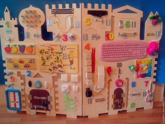"""Развивающие игрушки ручной работы. Ярмарка Мастеров - ручная работа. Купить БИЗИБОРД """"Замок"""". Handmade. Желтый, бизиборды, бизиборд на заказ"""