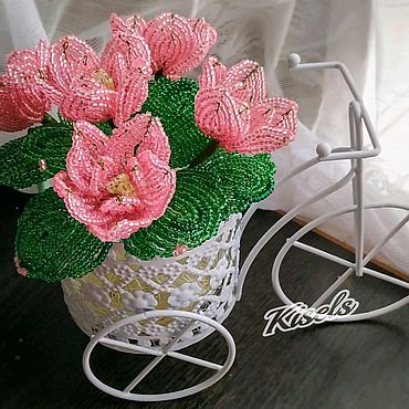 Цветы и флористика ручной работы. Ярмарка Мастеров - ручная работа Розовые цветы из бисера. Handmade.