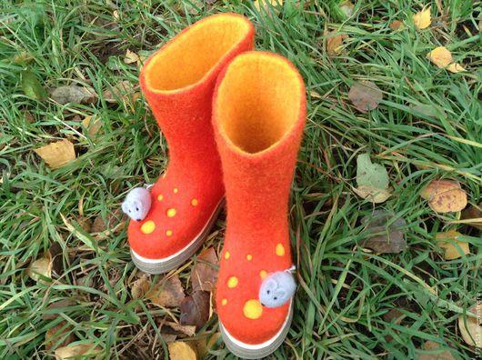 """Обувь ручной работы. Ярмарка Мастеров - ручная работа. Купить Валенки детские на подошве """"Сыр с мышкой"""". Handmade. Желтый, валенки"""