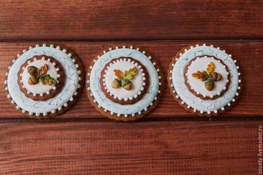 Кулинарные сувениры ручной работы. Ярмарка Мастеров - ручная работа. Купить Двухслойный пряник. Handmade. Комбинированный, желудь, Праздник, козуля