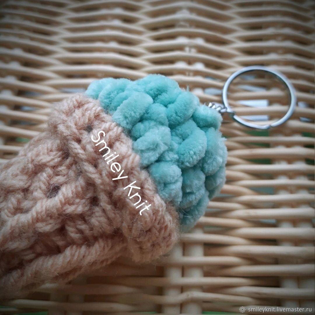 Вязаный брелок Мятное / Фисташковое Мороженное Рожок