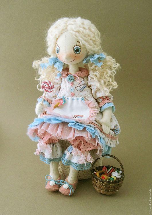 Коллекционные куклы ручной работы. Ярмарка Мастеров - ручная работа. Купить Фейка-сладкоежка Сластёна. Handmade. Розовый, нежная кукла