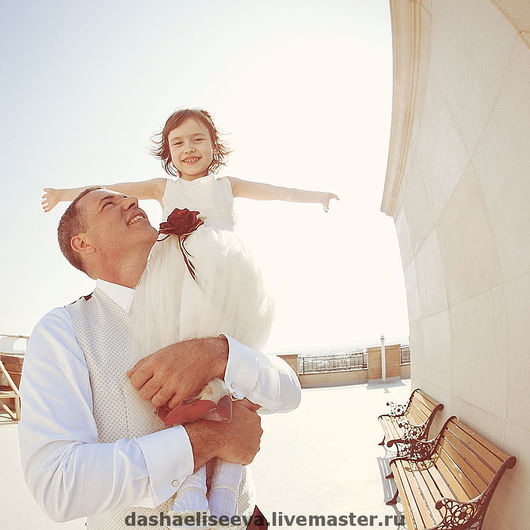 жених и дочь друзей