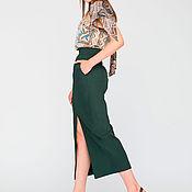 Одежда ручной работы. Ярмарка Мастеров - ручная работа Темно-зеленая юбка с разрезом. Handmade.